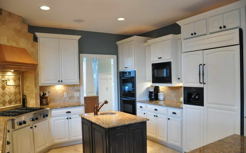 One Best Paint For Kitchen Cabinets