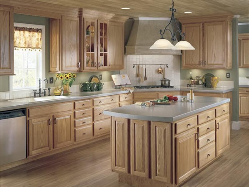 Light country style kitchen cabinets 2016 - Muebles para cocinas pequenas ...