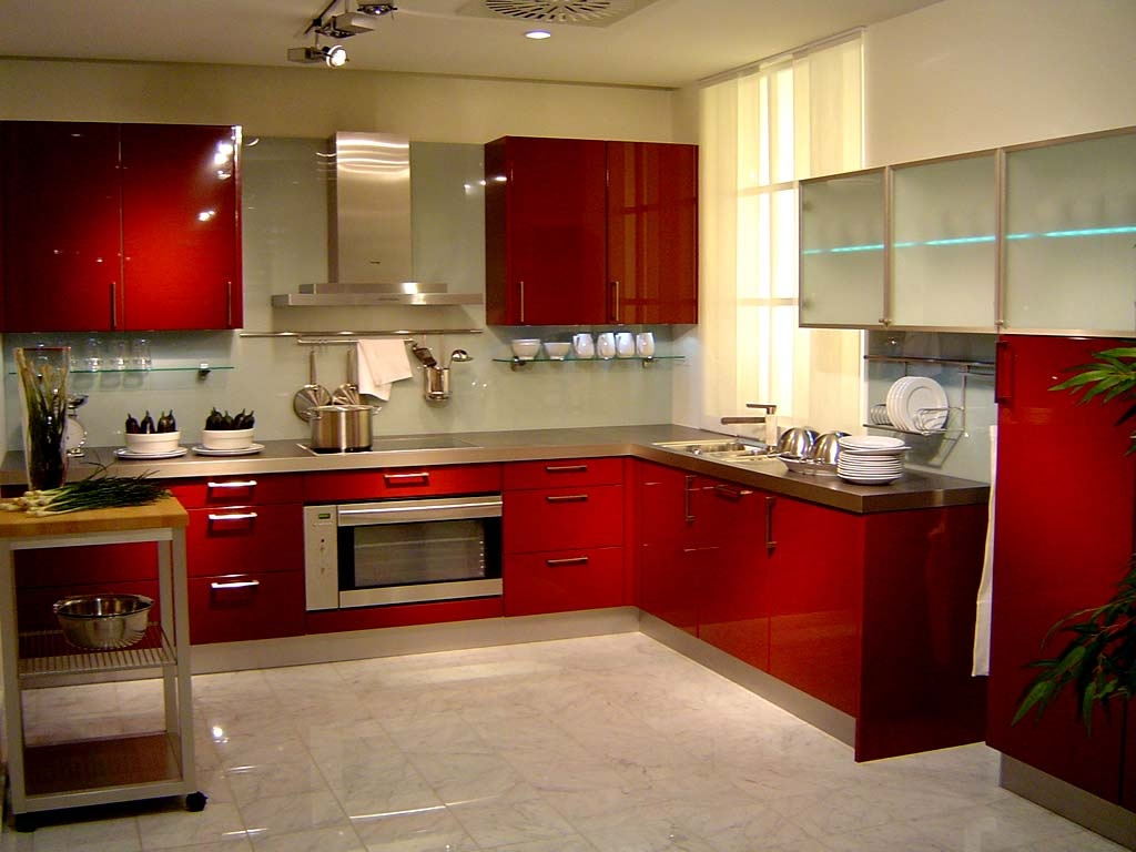 Red designs for kitchen cabinets 2016 for Kitchen cabinets ideas images