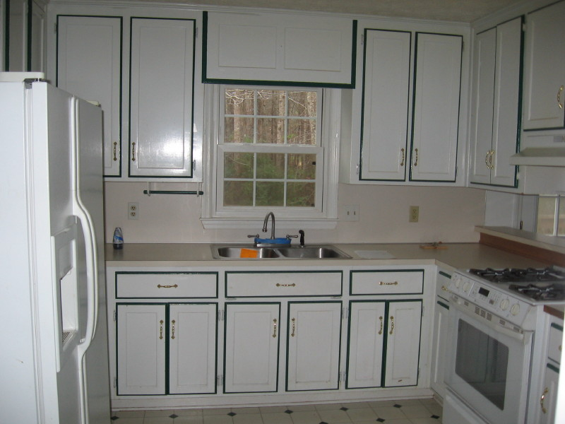 White Kitchen Cabinets Colors