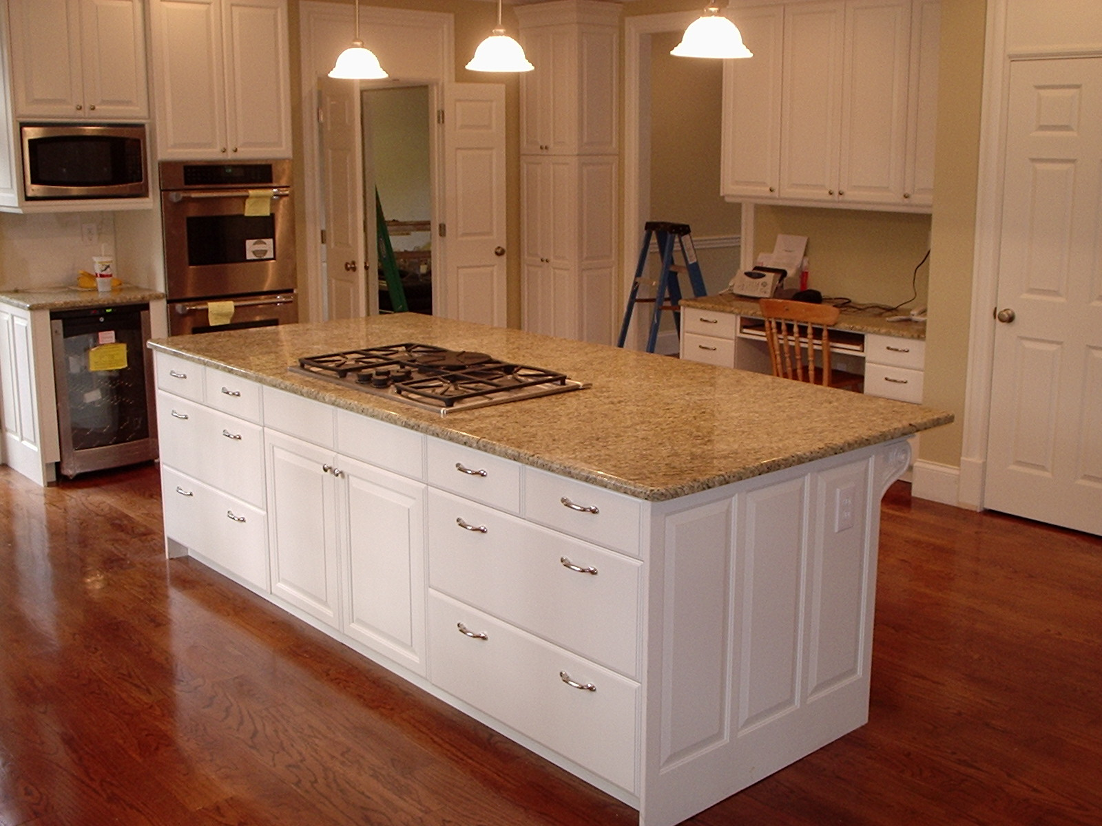 Simple kitchen cabinets handles 2016 - Kitchen cabinets with handles ...