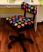 Arrow Hydraulic Sewing Chair – With Riley Black Button Motif Fabric