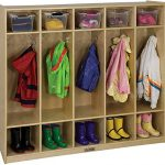 Coat Locker With 5 Section And Hooks With Cubbies Of Hardwood In Natural Wood Finish